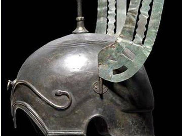 Casco con alas celtíbero hallado en Aranda de Moncayo.